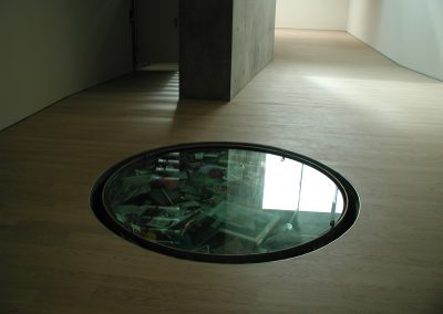 Safe_Grundstein im Museum
