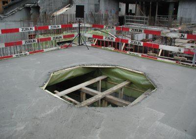 Safe_Leeres Loch