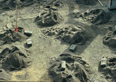 zeitzeichen_grundsteine-ausgegraben